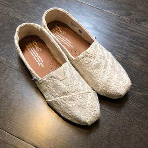 TOMS shoes - BNWOT